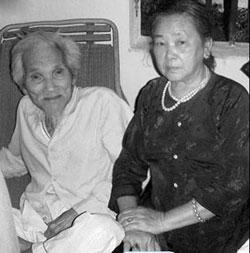 Thi sĩ Hữu Loan và vợ, chụp năm 2004. Photo courtesy Blog 247.