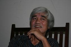 Nhà phê bình  văn học Phạm Xuân Nguyên. Photo courtesy of motgocnhinkhac.blogspot.com của Trương Duy Nhất.
