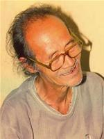 Nhà thơ Trần Vàng Sao. Photo courtesy of Wikivietlit.