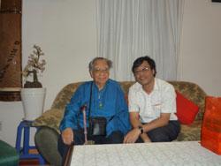 GS Trần Văn Khê và TS Nguyễn Xuân Diện. Photo courtesy of nguyenxuandien.blogspot.com.