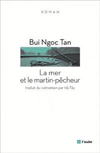 """Bìa sách """"Biển và Chim Bói Cá"""" dịch sang tiếng Pháp. Photo courtesy of blog Bùi Ngọc Tấn."""