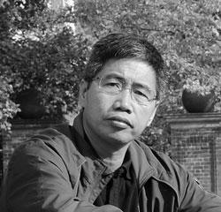 Nhà báo Huy Đức, ảnh chụp trước đây. Photo courtesy of Osinbook.