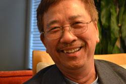 Họa sĩ Lê Văn Hưởng.
