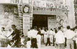 Rạp hát Nguyễn Văn Hảo Saigon lúc bấy giờ.