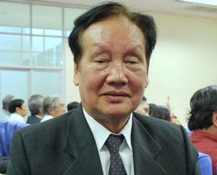 Nhà báo, nhà văn Tô Nhuận Vỹ, nguyên Tổng biên tập của Tạp chí Sông Hương.