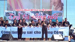 """Phong Trào Hưng Ca Việt Nam phát động chiến dịch """"Trả ta sông núi"""". Photo courtesy Phong Trao Hung Ca VN"""