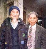 http://www.rfa.org/vietnamese/programs/MusicForWeekend/AnecdoteOverPoetHuuLoan_TNga-20060815.html/HuuLoanTrinhHung150.jpg