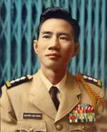 http://www.rfa.org/vietnamese/programs/MusicForWeekend/ComposerNguyenVanDongP2_TNga-20061217.html/DaiTaNguyenvanDong150.jpg