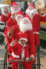 ChristmasSantaIndia150.jpg