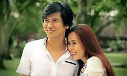 Đôi vợ chồng trẻ Hồ Hoài Anh – Hương Giang. Courtesy Afamily.