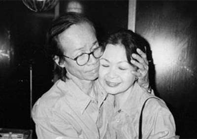 Cố nhạc sĩ Trịnh Công Sơn và nữ ca sĩ Khánh Ly. Internet photo.