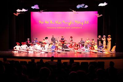 Hình ảnh Đại hội âm nhạc truyền thống VN lần hai tổ chức Seattle, Washington