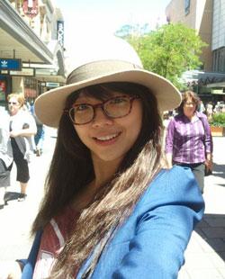 Cca sĩ Tóc Tiên tại Úc, ảnh chụp năm 2011. Photo courtesy of Tóc Tiên FB.