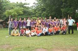 Thành viên CLB gia đình trẻ tự kỷ Hà Nội. Photo courtesy of tretuky.com