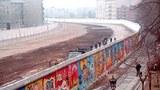 Bức tường Berlin chụp năm 1986 khi nước Đức vẫn còn bị chia đôi