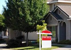 Một ngôi nhà rao bán ở Mỹ. Photo courtesy of dothi.net