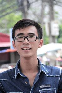 Bạn Nguyễn Thành Trung, trưởng nhóm tình nguyện Quán cơm 5000 đồng. Photo couretsy of kenh14.vn