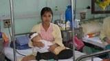 Một em bé được mổ tim miễn phí tại bệnh viện Việt Đức Hà Nội nhờ sự giúp đỡ của tổ chức HSCV và tổ chức CardioStart International.