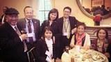 Trong buổi tiệc tiếp nhận giải thưởng của ACE Hiệp Các Phòng Thương Mại Và Doanh Nhân gốc Á Châu Thái Bình Dương.
