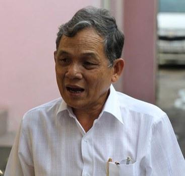 Doanh gia  Phạm Văn Bên, người bỏ tiền  xây dựng Ký Túc Xá Cỏ May. Ảnh  do gia đình Cỏ May cung cấp.