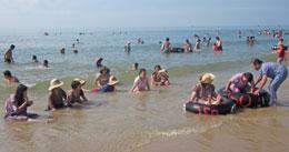 Ngày vui trên biển của anh chị em khuyết tật. RFA