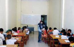Một lớp học của Trường Tín Nhân Quốc Tế ở Xã Diệu, thành phố Seam Reap. Rhio-school.net