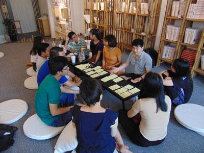 Một buổi sinh hoạt của các bạn Trường Mở ở Sài Gòn.