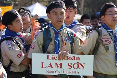 Tạ Di Đan và Thiếu Đoàn Hướng Đao Lam Sơn. Hình do gia đình Tạ Di Đan cung cấp.