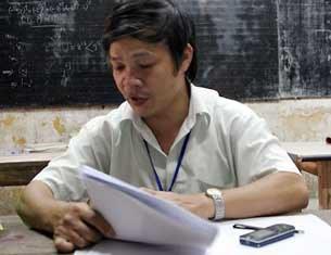 Thầy giáo Đỗ Việt Khoa khi còn dạy tại trường THPT Vân Tảo (Thường Tín, Hà Nội).