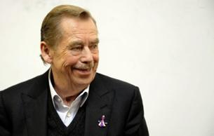 Ông Vaclav Havel, Tổng thống đầu tiên của Công Hoà Czech tham dự một buổi hội nghị ở Prague, năm 2009. AFP