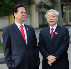 Thủ tướng Nguyễn Tấn Dũng và Chủ tịch Quốc hội Nguyễn Phú Trọng. AFP photo
