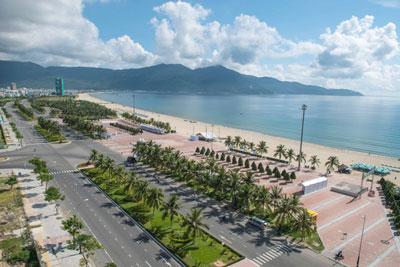 Bãi biển Mỹ Khê Đà Nẵng chụp vào ngày 27 tháng 8 năm 2014.