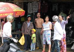 Người dân huyện Bắc Trà My lo sợ sau hàng loạt các vụ động đất. Photo courtesy of tinf.vn