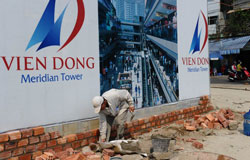 Một công trình bắt đầu xây dựng tại thành phố Đà Nẵng năm 2011. AFP photo