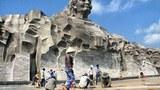 Mới khánh thành nhưng công trình tượng đài Mẹ Việt Nam Anh hùng hơn 400 tỷ đồng gạch nền dưới chân tượng đài bị bong tróc, bể nát