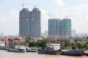SaigonPortEconomic305.jpg
