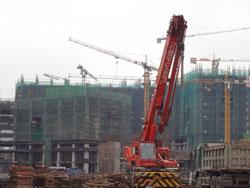 Một công trình xây dựng ở Hà Nội, ảnh chụp năm 22-02-2012. RFA photo.
