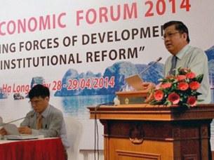 """Diễn đàn kinh tế mùa xuân 2014, với chủ đề """"Động lực phát triển mới từ cải cách thể chế"""", chủ nhiệm Ủy ban Kinh tế Quốc hội Nguyễn Văn Giàu phát biểu tại diễn đàn."""