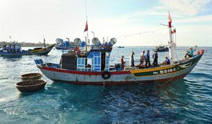 Ngư dân Lý Sơn chuẩn bị ra khơi, ảnh minh họa chụp trước đây.