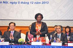 Bà Victoria Kwakwa, Giám đốc Quốc gia Ngân hàng Thế giới tại Việt Nam, chủ tọa VDPF 2013. World Bank Photo/Việt Tuấn.