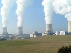 800px-Nuclear_Power_Plant_Cattenom-250