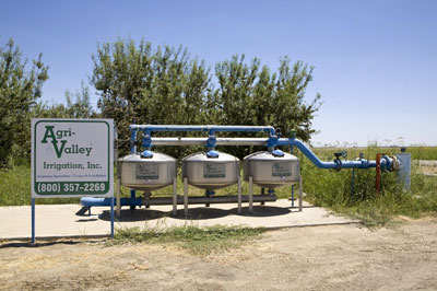Một trạm bơm nước cho nông nghiệp tại California, Hoa Kỳ chụp hôm 30/7/2008. AFP photo