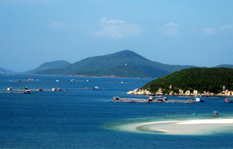 Vùng biển Nha Trang. (nhatrang-dulich.com)