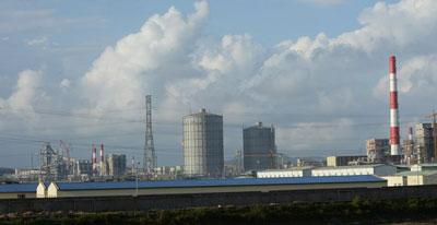 Nhà máy thép của tập đoàn Đài Loan Formosa tại huyện Kỳ Anh, tỉnh Hà Tĩnh chụp hôm 3/12/2015. AFP photo