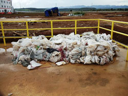 bauxite-pollution-2-250.jpg