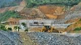 Một cuộc điều tra của International Rivers tiết lộ rằng dự án thủy điện Xayaburi, đã được tiến hành bởi tập đoàn CH KarnChang của Thái Lan