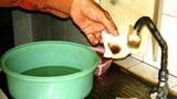 Nguồn nước máy phục vụ dân chúng TP HCM đầy cặn đất bùn