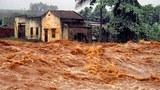Cảnh xã lũ cứu hồ gây ngập lụt ở Dak Lak