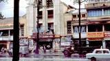 """Rạp Nguyễn Văn Hảo được coi như lớn nhứt ở Sài Gòn, từng được mệnh danh là """"hàng không mẫu hạm"""" Nguyễn Văn Hảo. Rạp có đến 3 từng lầu với trên 800 chỗ ngồi."""