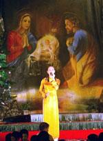 ChristmasSingerChurch150.jpg